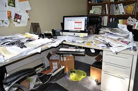 monday-desk