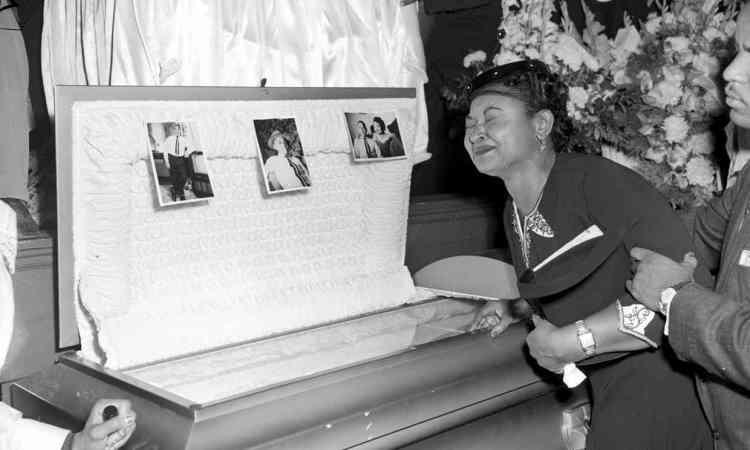 till-mother-funeral