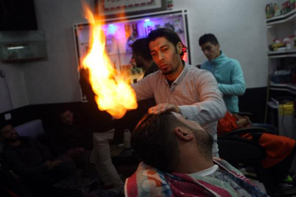 monday-barber-flames