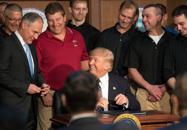 energy-trump-signing