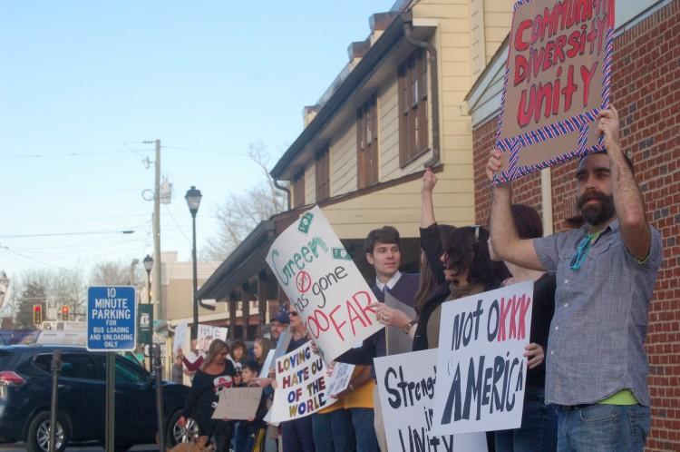 kkk-protestors.jpg