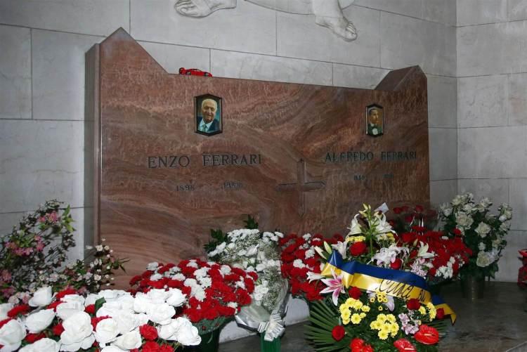 Monday-Ferrari-tomb