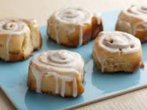 Monday-cinnamon-rolls