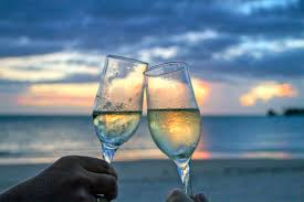 wine glasses beach