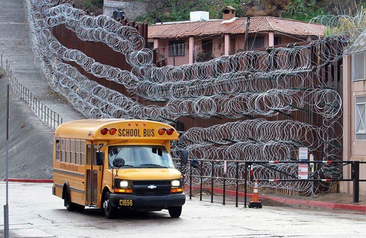 Nogales razor wire.jpg