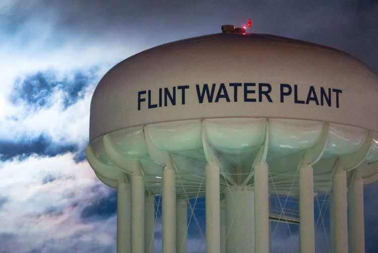 Flint-MI-water-tower