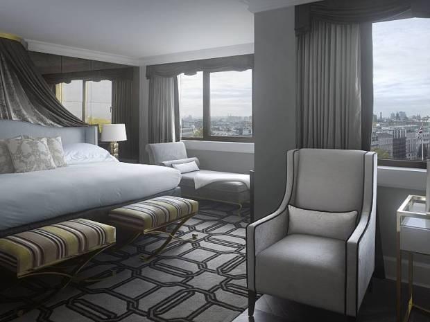 UK-Park-Lane-Hotel-suite