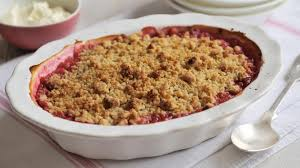 David's rhubarb crumble