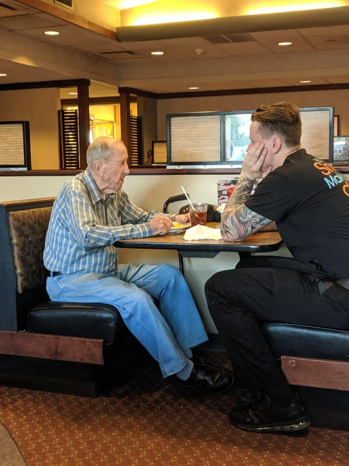 Good People Doing Good Things — Everyday People Server-dines-with-lonely-old-man
