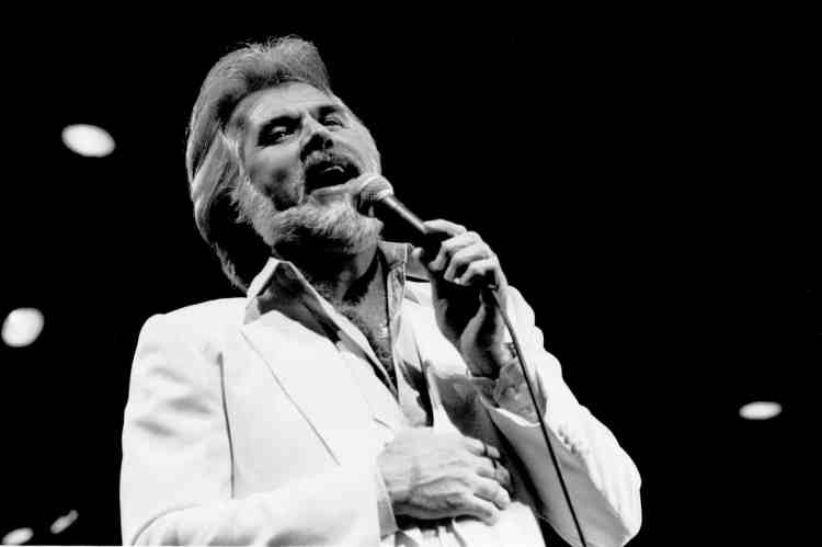 kenny-rogers-8