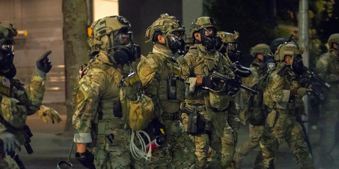 federal-troops-portland