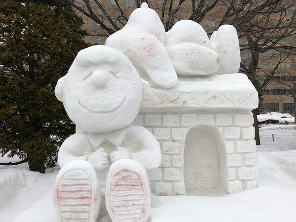 snow-peanuts