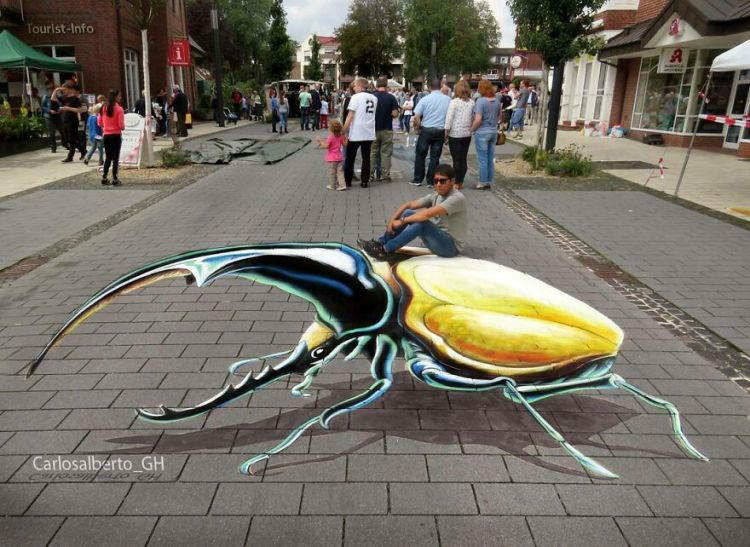 Saturday Surprise — A New Street Artist! Carlos-48